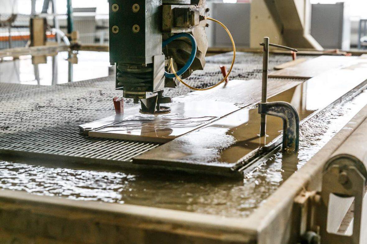 Обработка керамогранита с помощью гидрореза